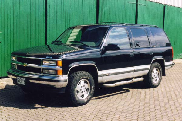 Chevrolet Tahoe 5.7 1995 photo - 1