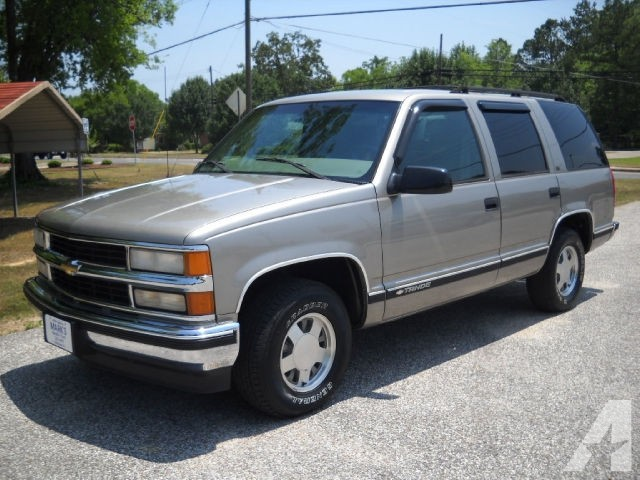 Chevrolet Tahoe 5.7 1999 photo - 7