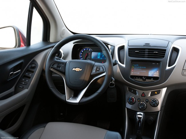 Chevrolet Tracker 1.6 2013 photo - 3