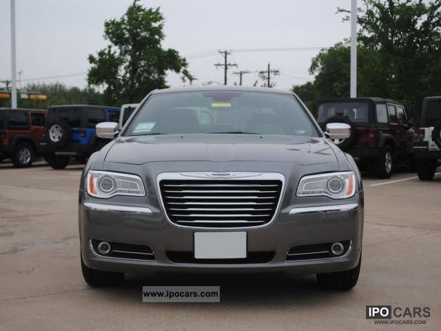 Chrysler 300C 3.0 2012 photo - 10