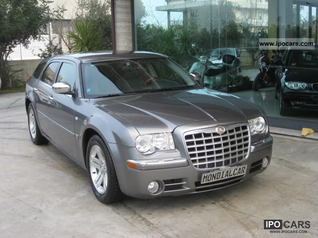 Chrysler 300C 3.0 2012 photo - 11