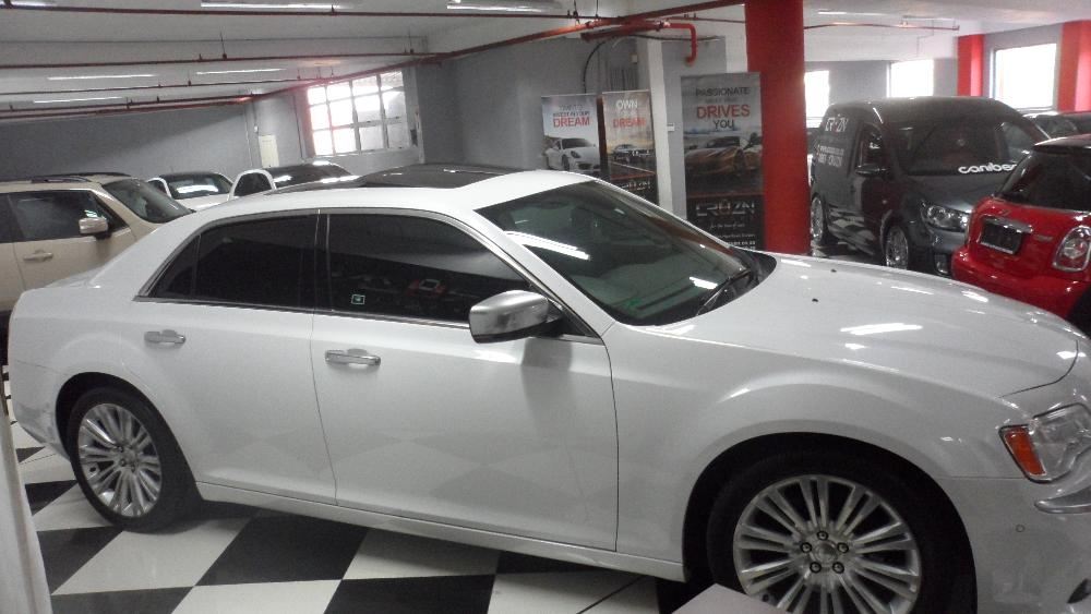 Chrysler 300C 3.6 2013 photo - 6