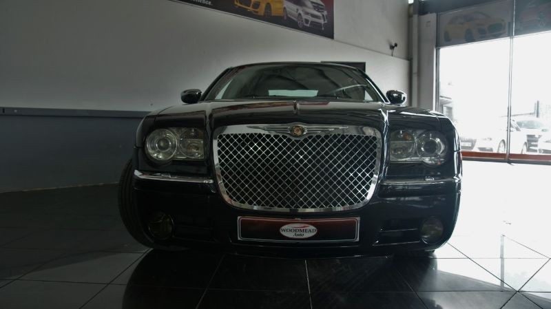 Chrysler 300C 5.7 2006 photo - 12