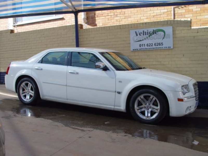 Chrysler 300C 5.7 2006 photo - 3