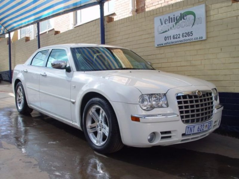 Chrysler 300C 5.7 2006 photo - 4