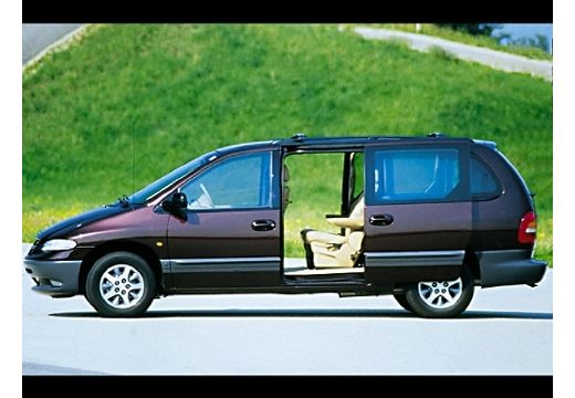 Chrysler Grand Voyager 2.4 1997 photo - 2