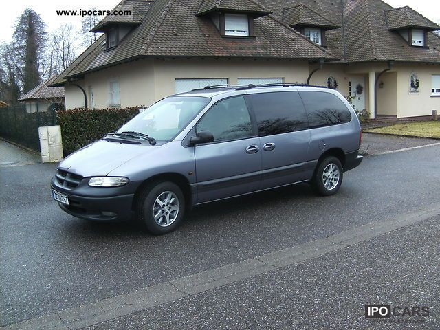 Chrysler Grand Voyager 2.4 1997 photo - 5
