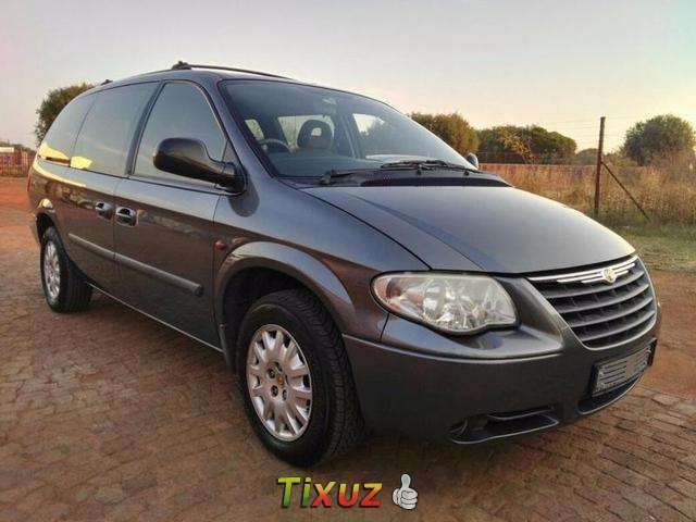 Chrysler Grand Voyager 3.3 1998 photo - 10