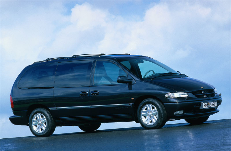 Chrysler Grand Voyager 3.3 1998 photo - 6