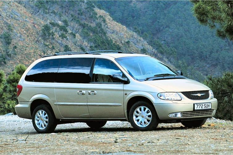 Chrysler Grand Voyager 3.3 2009 photo - 2