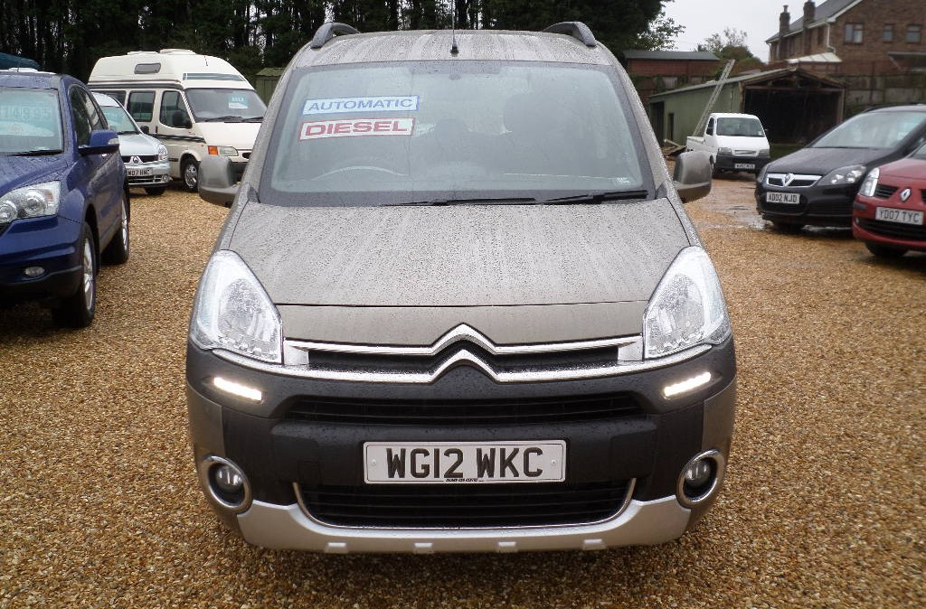 Citroen Berlingo 1.6 2012 photo - 3