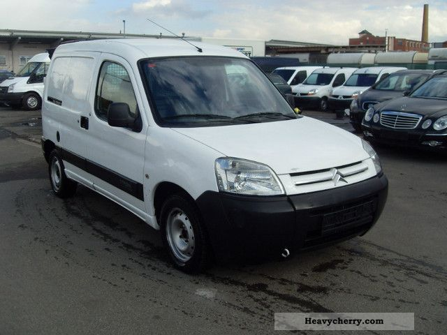 Citroen Berlingo 1.9 2004 photo - 1