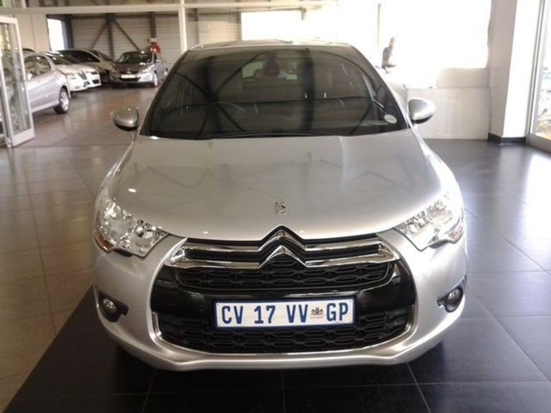 Citroen DS4 1.6 2013 photo - 9