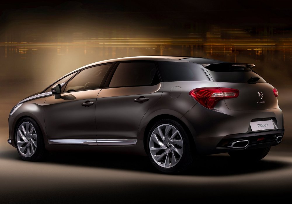 Citroen DS5 2.0 2012 photo - 12
