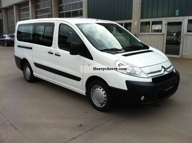 Citroen Jumpy 2.0 2010 photo - 2