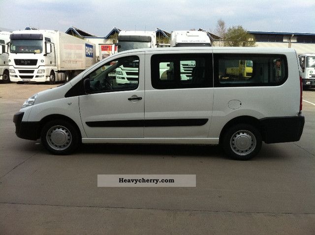 Citroen Jumpy 2.0 2010 photo - 4