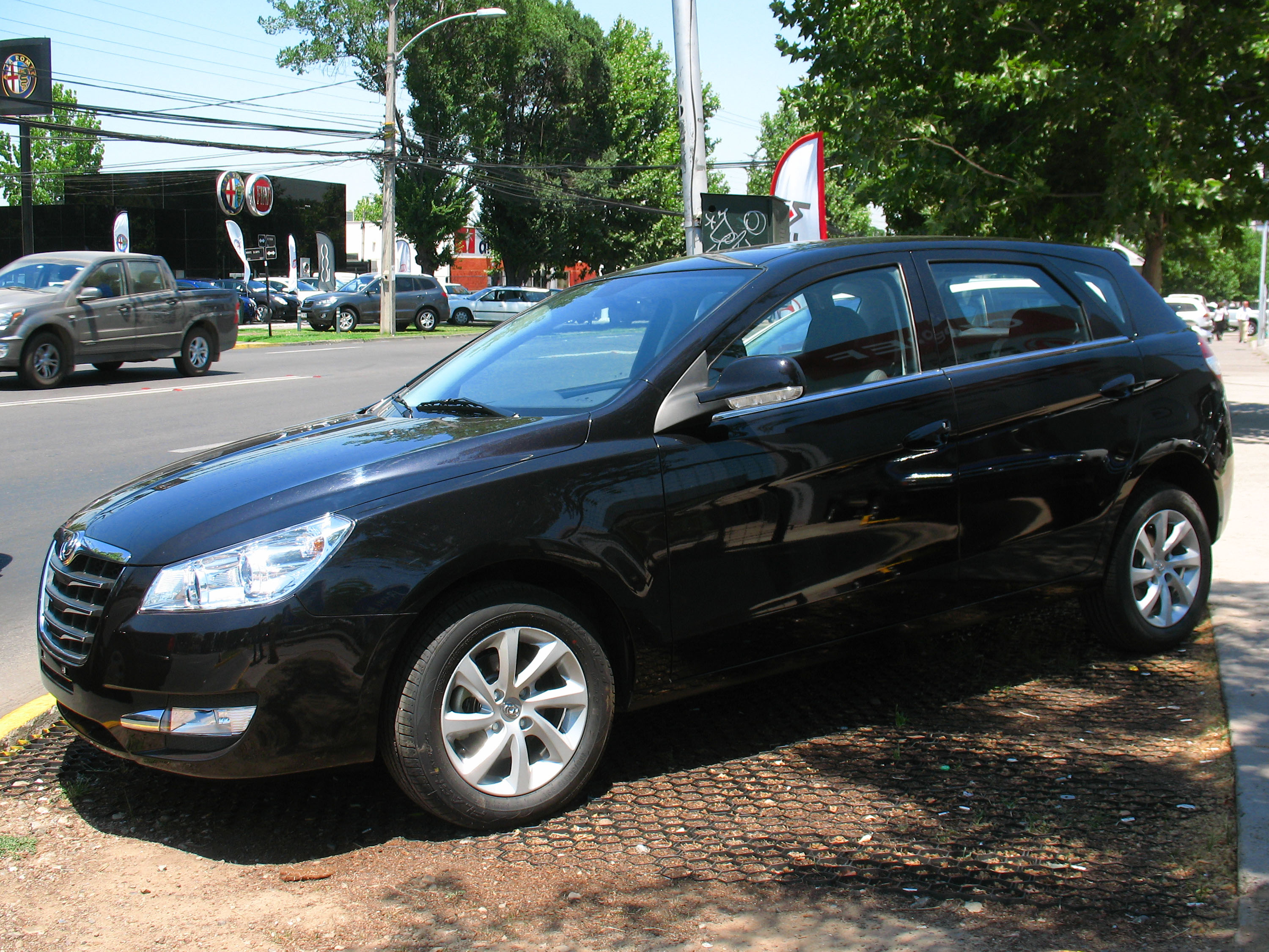 DongFeng H30 1.6 2013 photo - 1