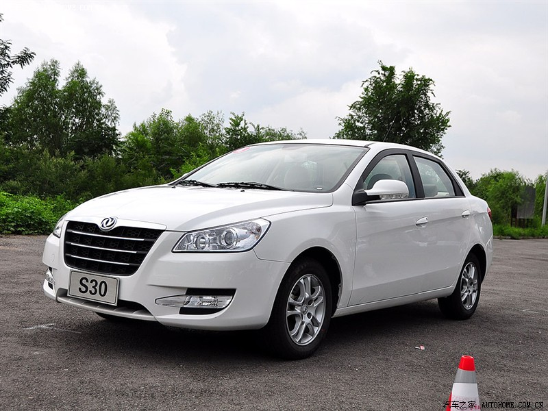 DongFeng S30 1.6 2011 photo - 1