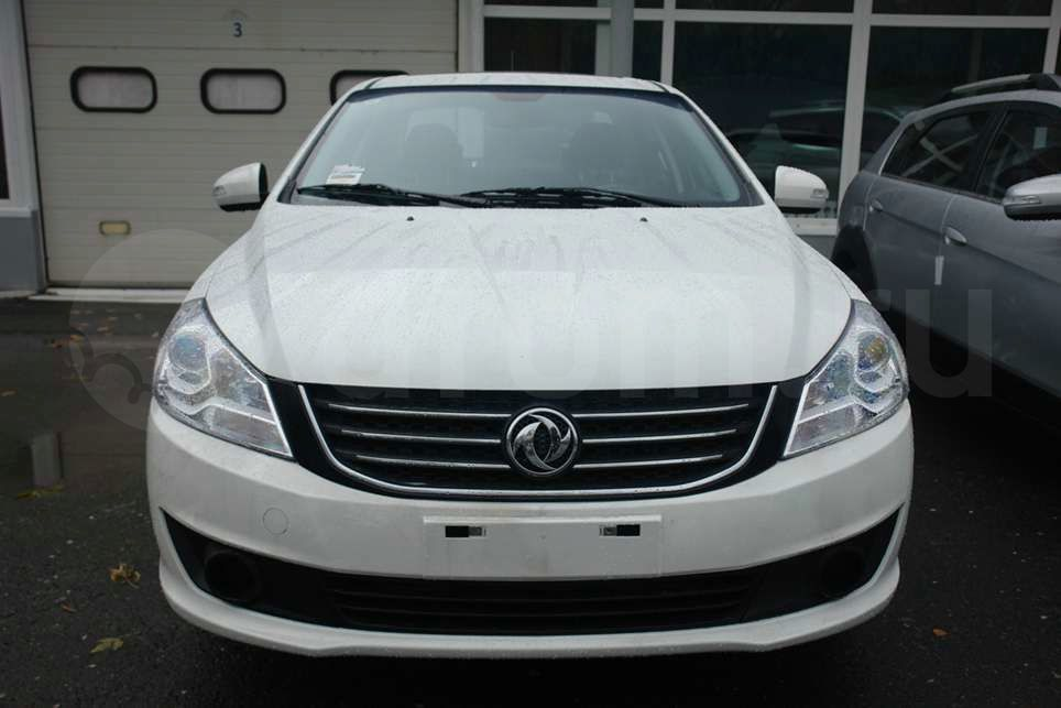 DongFeng S30 1.6 2014 photo - 2
