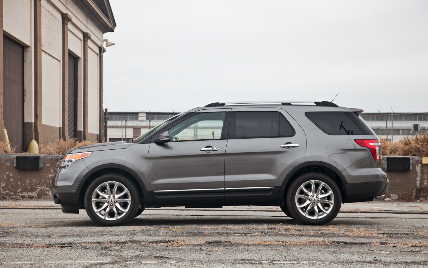 Ford Explorer 2.0 2012 photo - 10