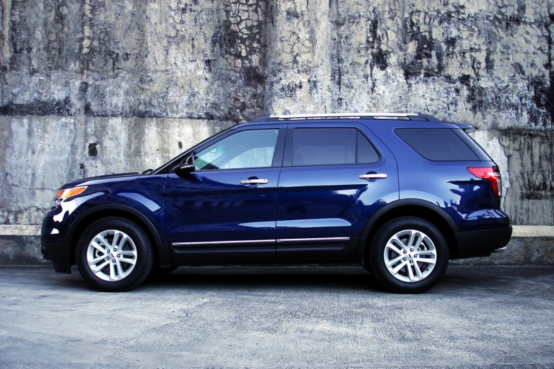 Ford Explorer 2.0 2012 photo - 2