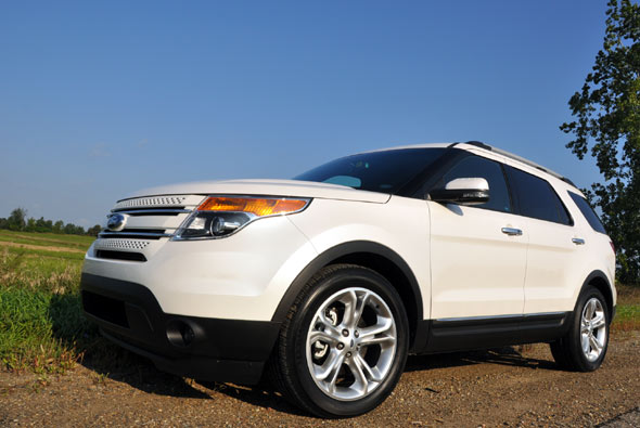 Ford Explorer 2.0 2012 photo - 3