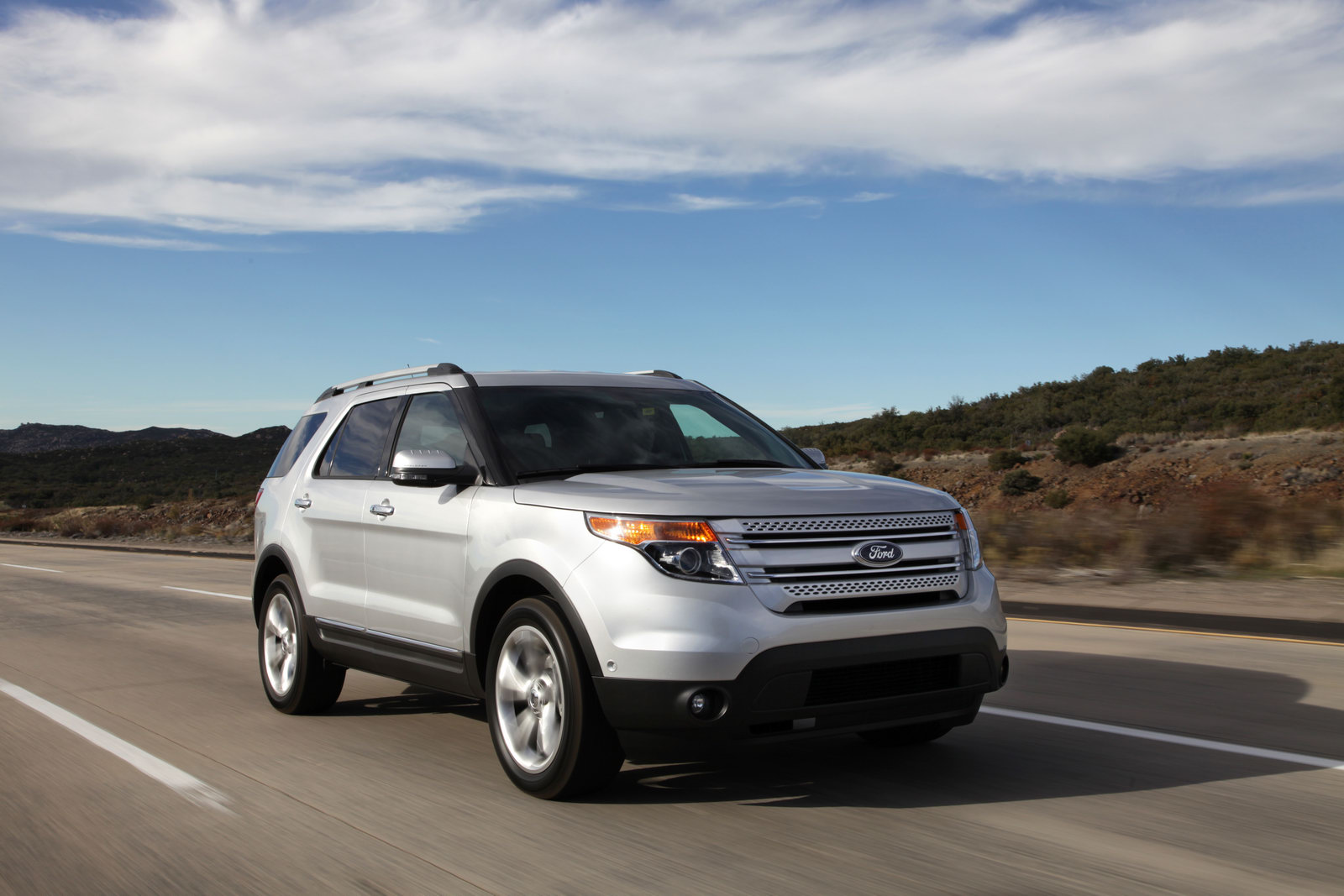 Ford Explorer 2.0 2012 photo - 9