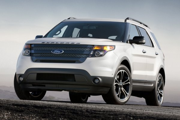 Ford Explorer 3.5 2012 photo - 11