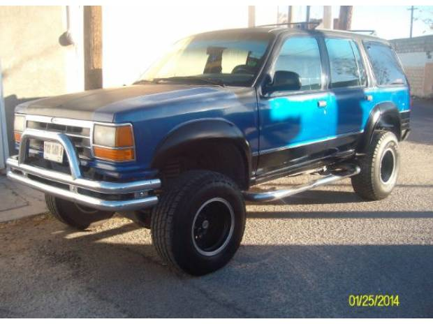 Ford Explorer 4.0 1991 photo - 10