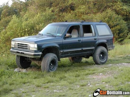 Ford Explorer 4.0 1991 photo - 9