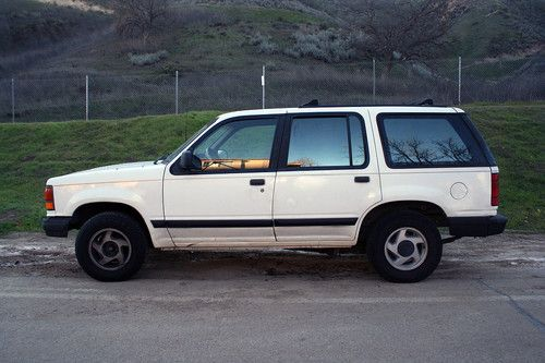 Ford Explorer 4.0 1992 photo - 3