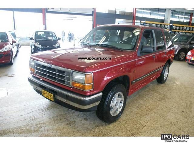 Ford Explorer 4.0 1996 photo - 2