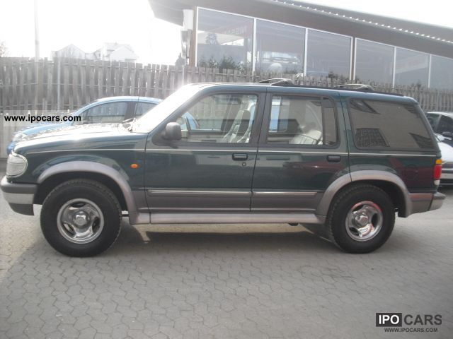 Ford Explorer 4.0 1996 photo - 5