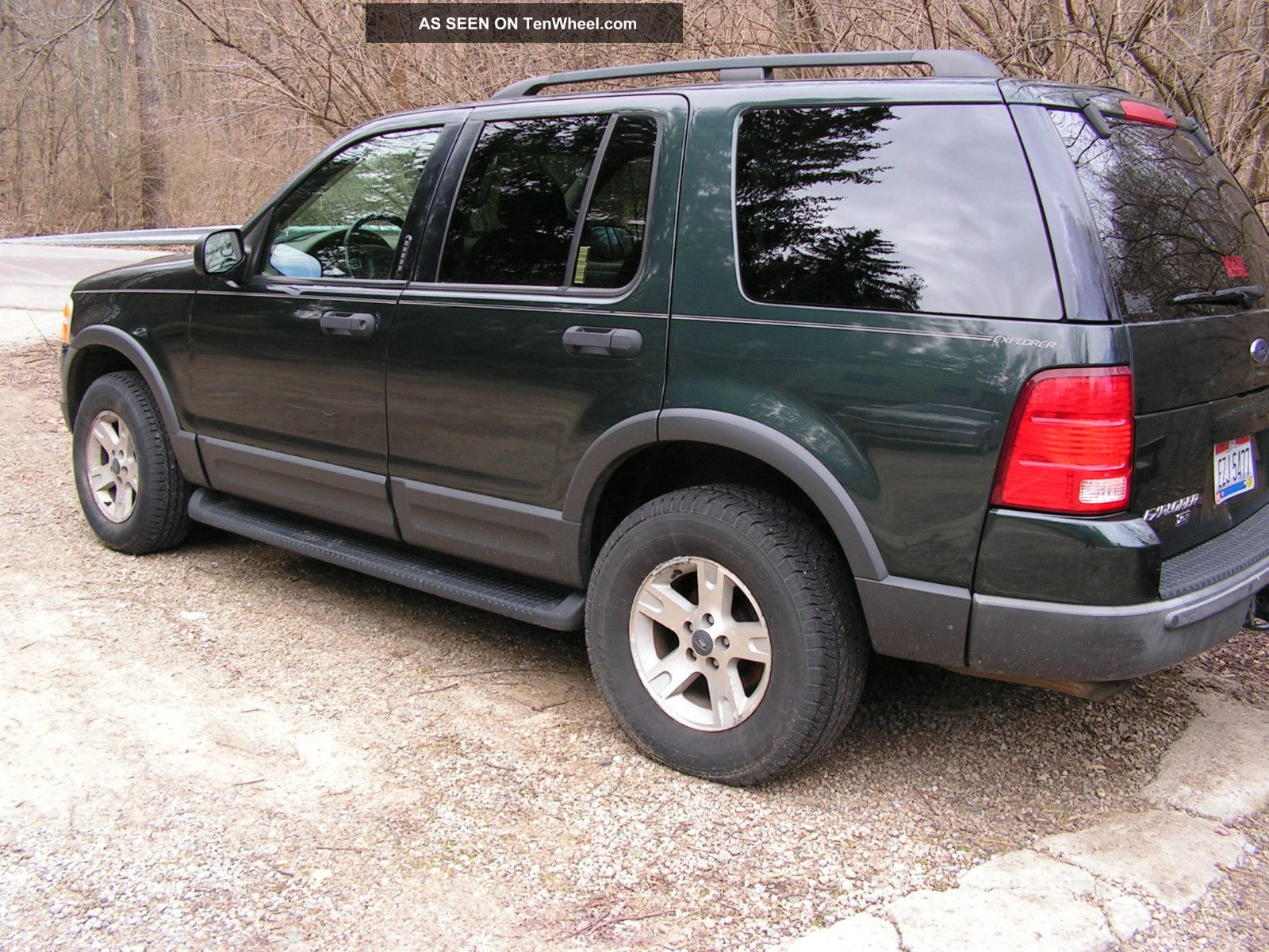 Ford Explorer 4.0 2003 photo - 3