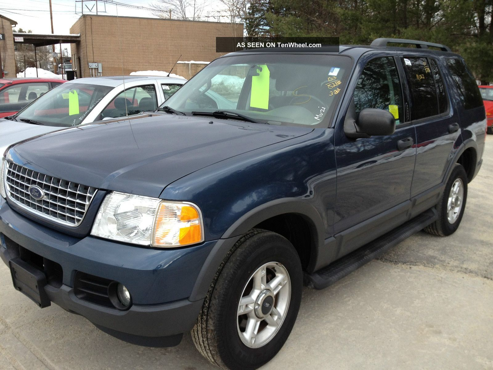 Ford Explorer 4.0 2003 photo - 4