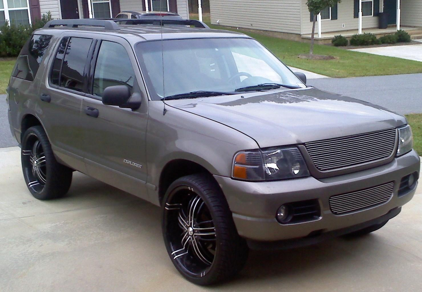 Ford Explorer 40 2005 Technical specifications  Interior and