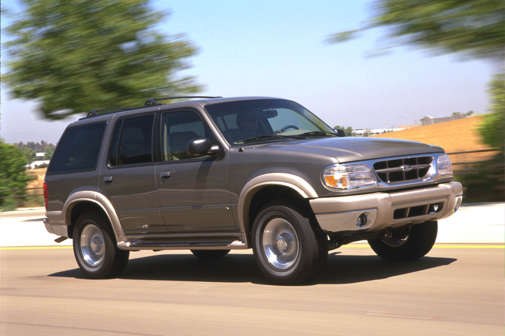 Ford Explorer 4.9 1995 photo - 11