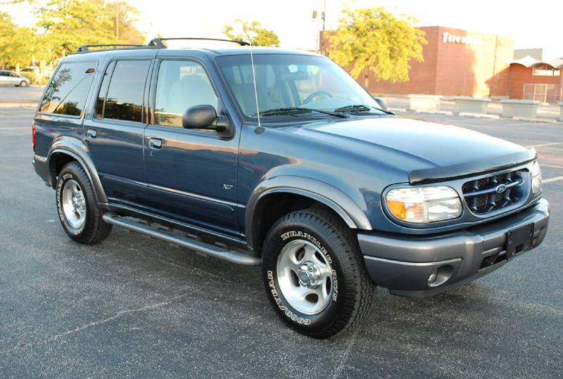 Ford Explorer 4.9 1999 photo - 5