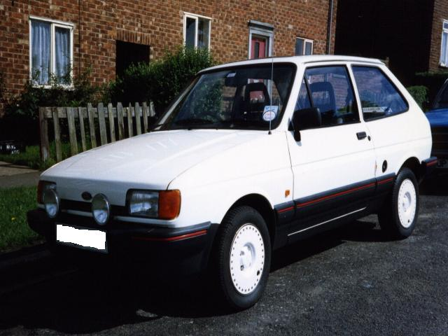 Ford Fiesta 1.0 1989 photo - 12