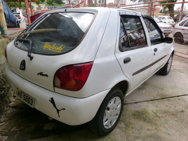 Ford Fiesta 1.0 1998 photo - 9