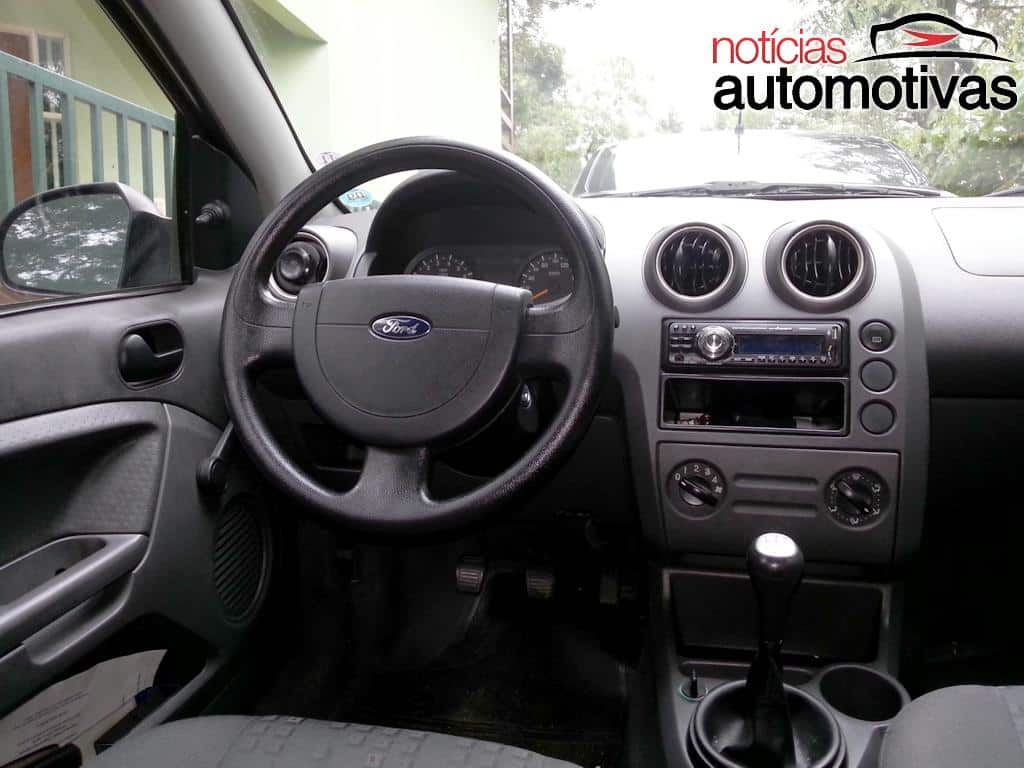 Ford Fiesta 1.0 2004 photo - 3