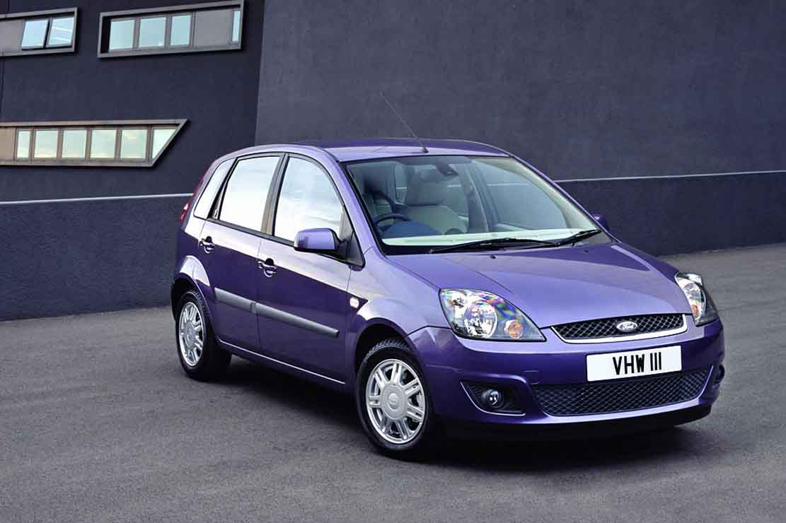 Ford Fiesta 1.0 2005 photo - 11