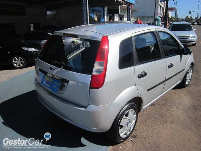 Ford Fiesta 1.0 2006 photo - 5