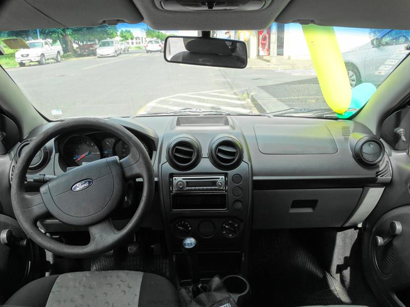 Ford Fiesta 1.0 2007 photo - 12