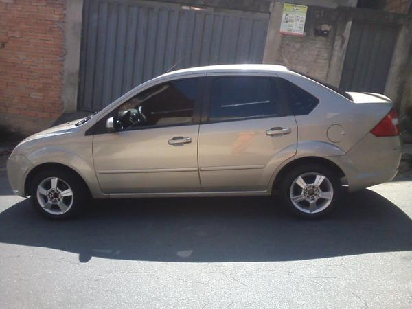 Ford Fiesta 1.0 2008 photo - 12