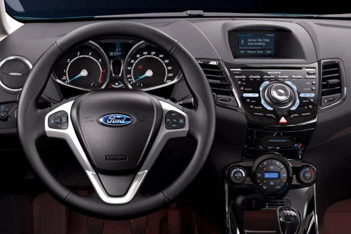 Ford Fiesta 1.0 2012 photo - 7
