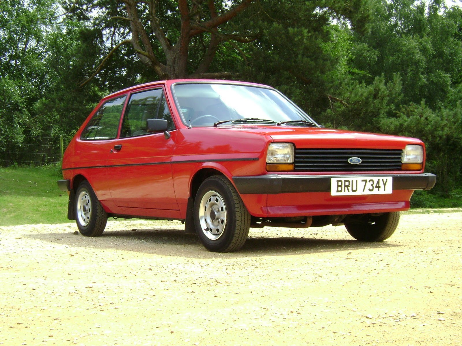 Ford Fiesta 1.1 1977 photo - 12