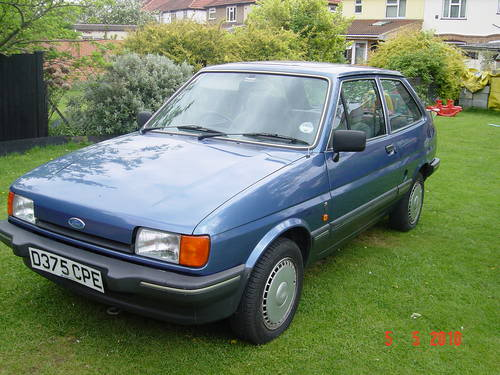 Ford Fiesta 1.1 1987 photo - 2