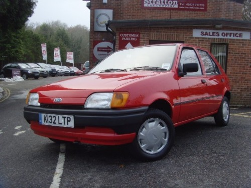 Ford Fiesta 1.1 1992 photo - 4