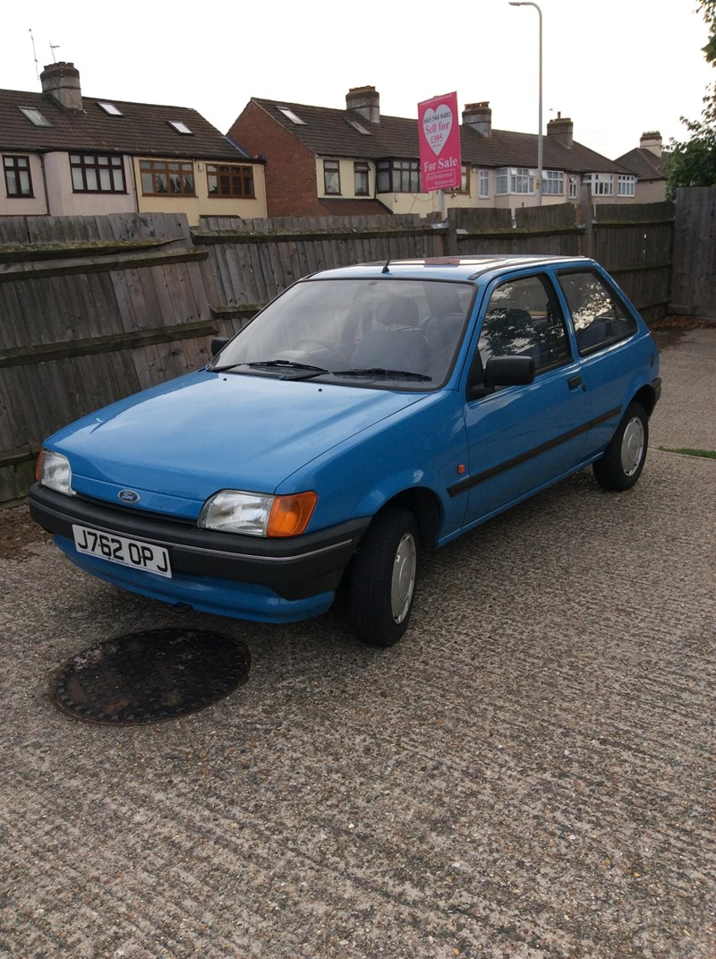 Ford Fiesta 1.1 1993 photo - 11